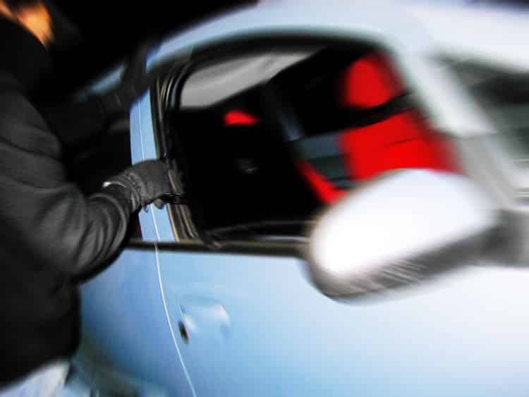avoid car theft by increasnig your car security